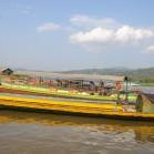 Лодки, переправляющие из Тайланда в Лаос