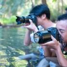 Азиаты фотографируют Полинку